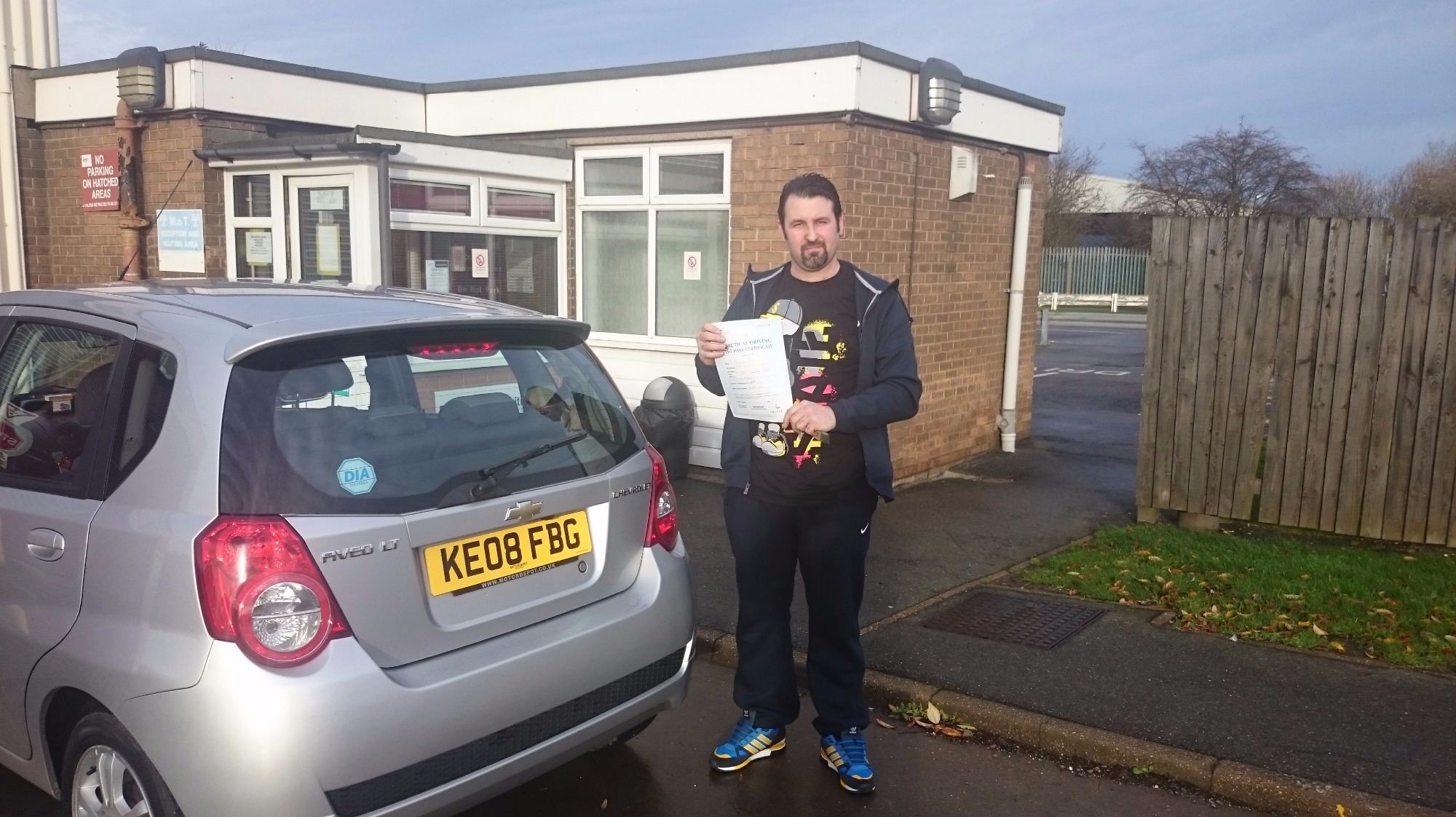 Ray Short took his driving lessons and passes his test in Grimsby with 21st Century Driving