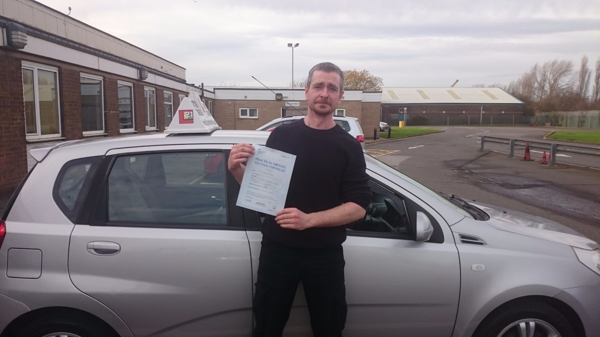 Luke Duffy took his driving lessons and passes his test in Grimsby with 21st Century Driving