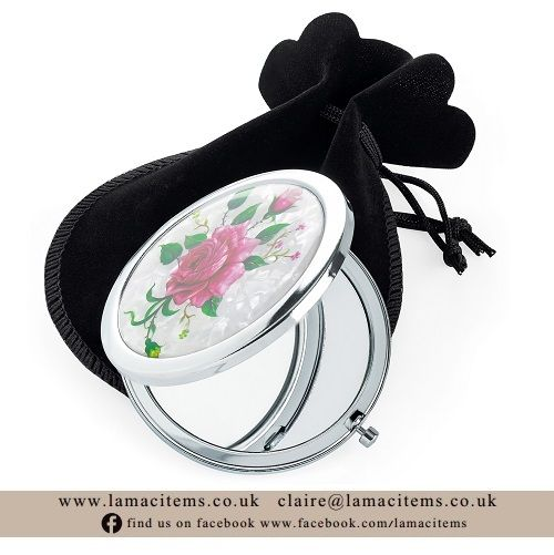 <!-- 004 -->Compact Mirrors