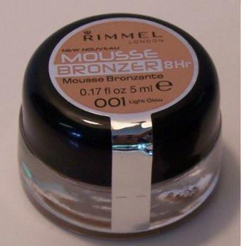 Rimmel Mousse Bronzer 8Hr - 001 Light Glow