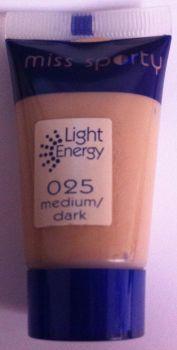 Miss Sporty Foundation Light Energy (3 pack) - 025 Medium / Dark