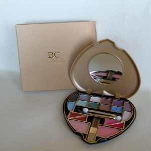 Body Collection Heart Shaped Beauty Palette