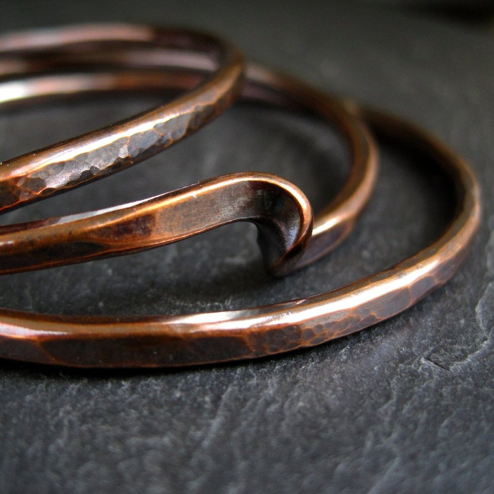 Simple Twist Hammered Copper Bangle Set