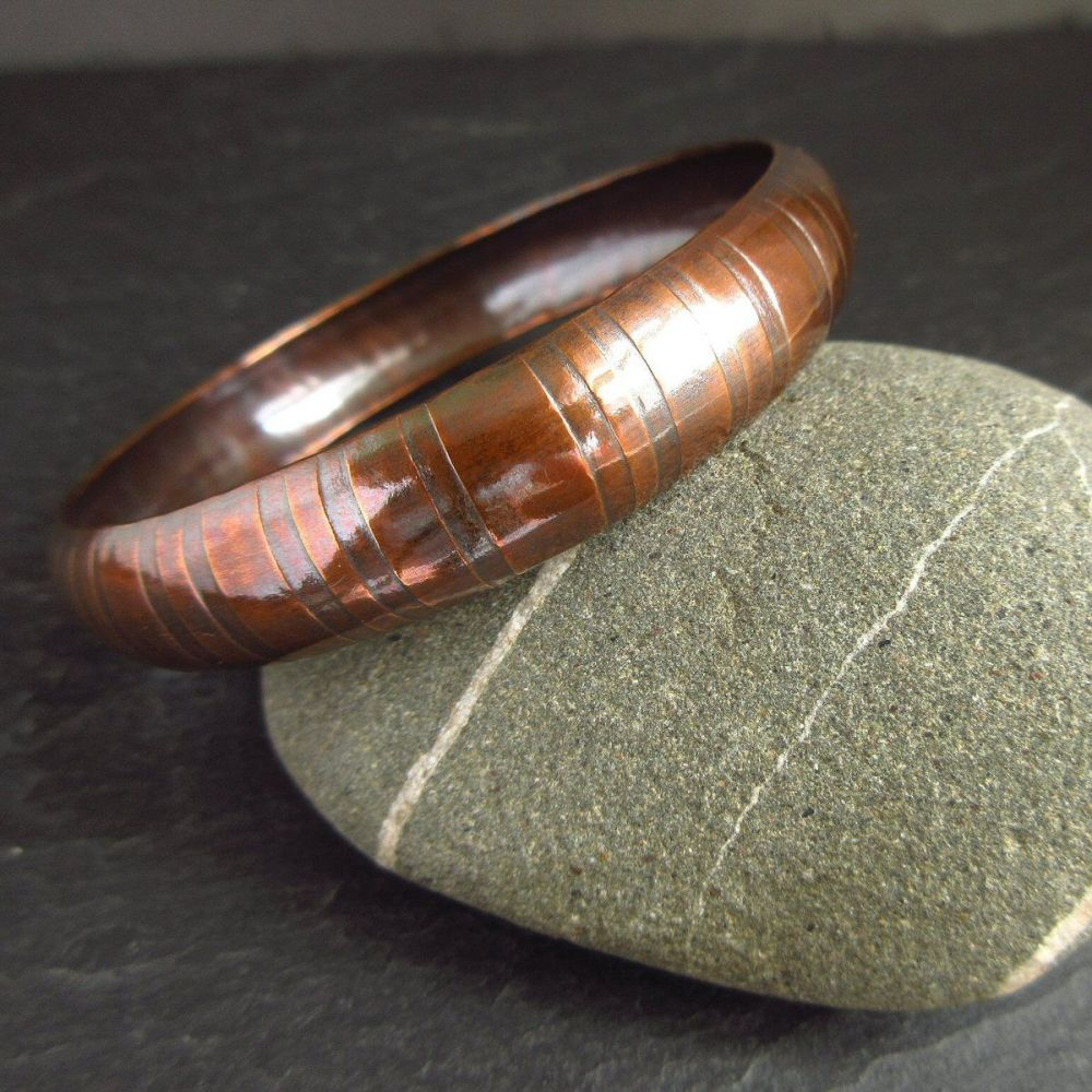 Copper Bangle with Stripe Pattern