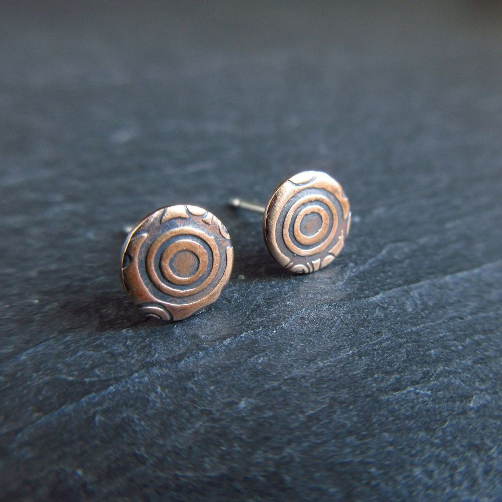Bronze Stud Earrings with Circle Pattern