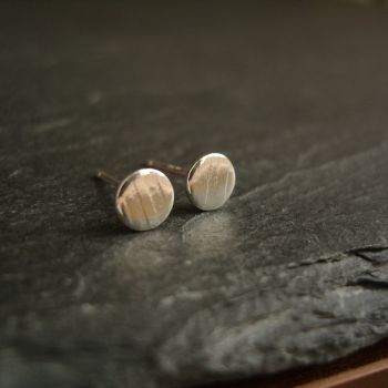 Small Sterling Silver Stud Earrings Round Disc Shape with Stripe Pattern