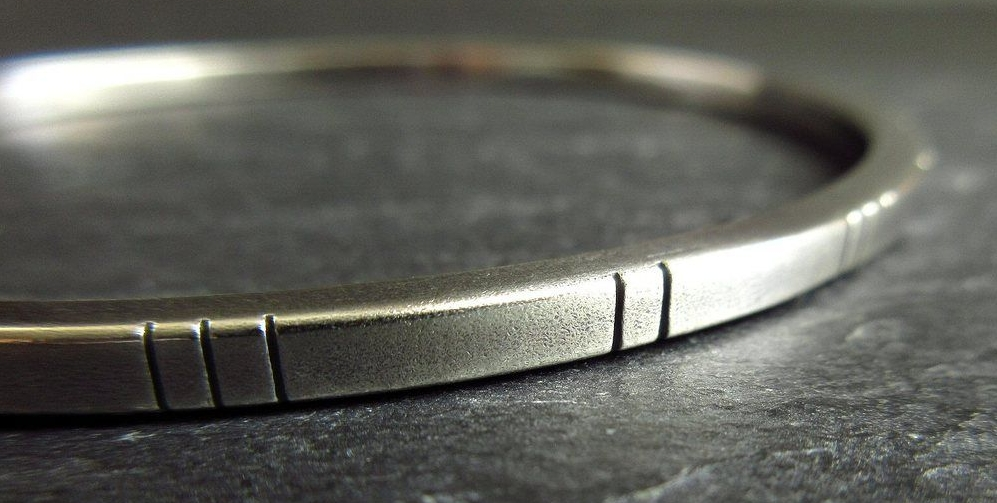 hallmarked sterling silver bangles by cinnamon jewellery