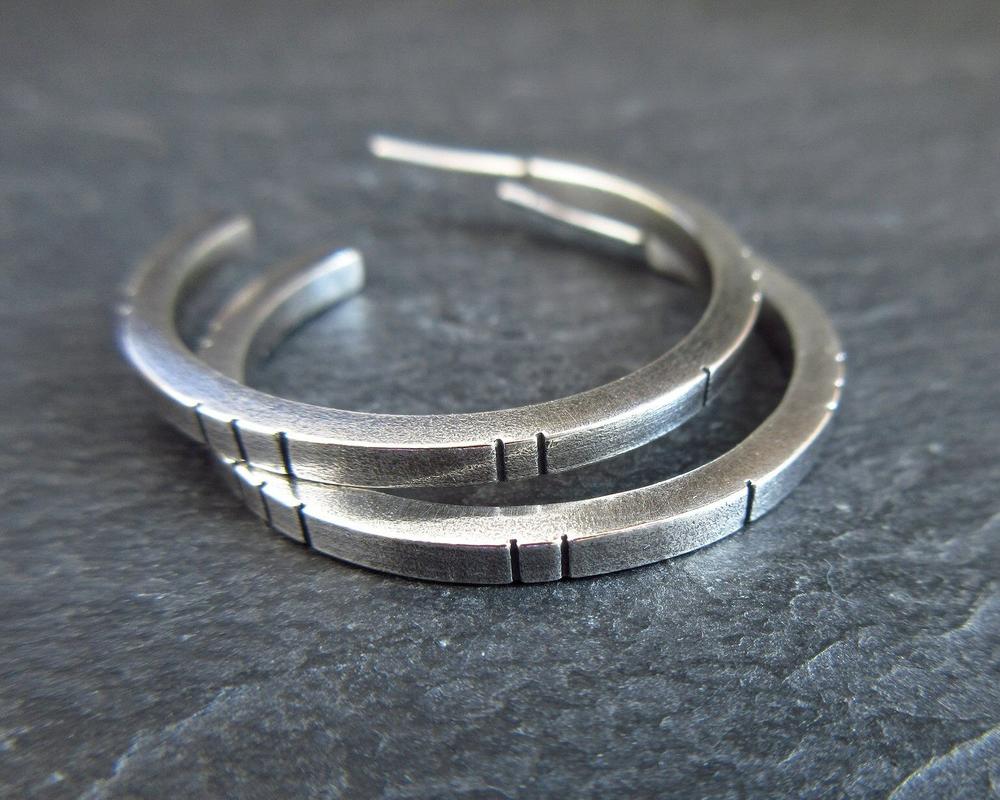 sterling silver hoop earrings with lines