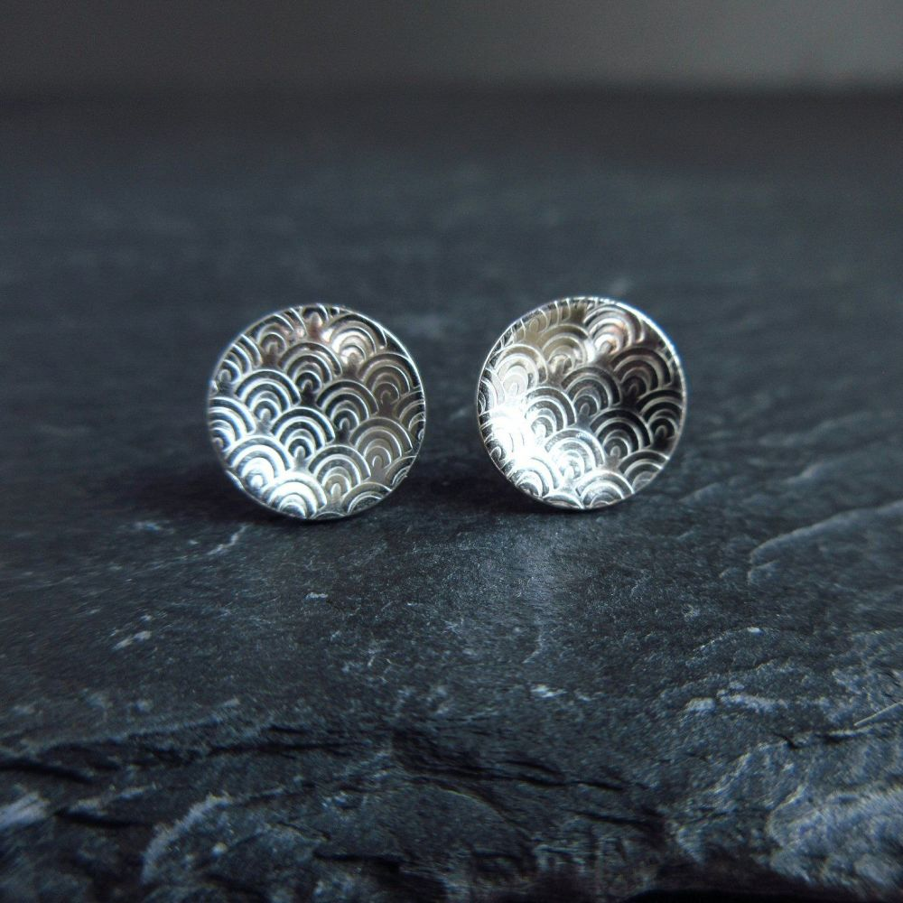 Sterling Silver Stud Earrings with Arch Pattern