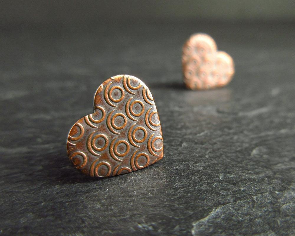 copper earrings heart studs cinnamon jewellery