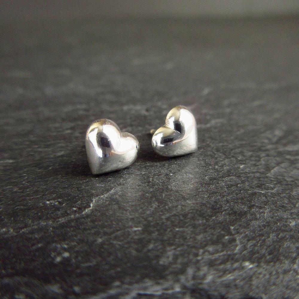 Sterling Silver Polished Puff Heart Post Earrings Heart//Love