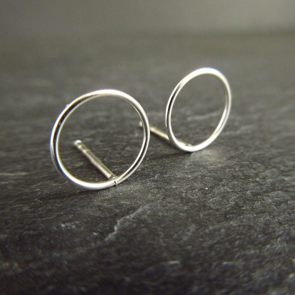 Geometric Circle with Crossbar Sterling Silver Stud Earrings