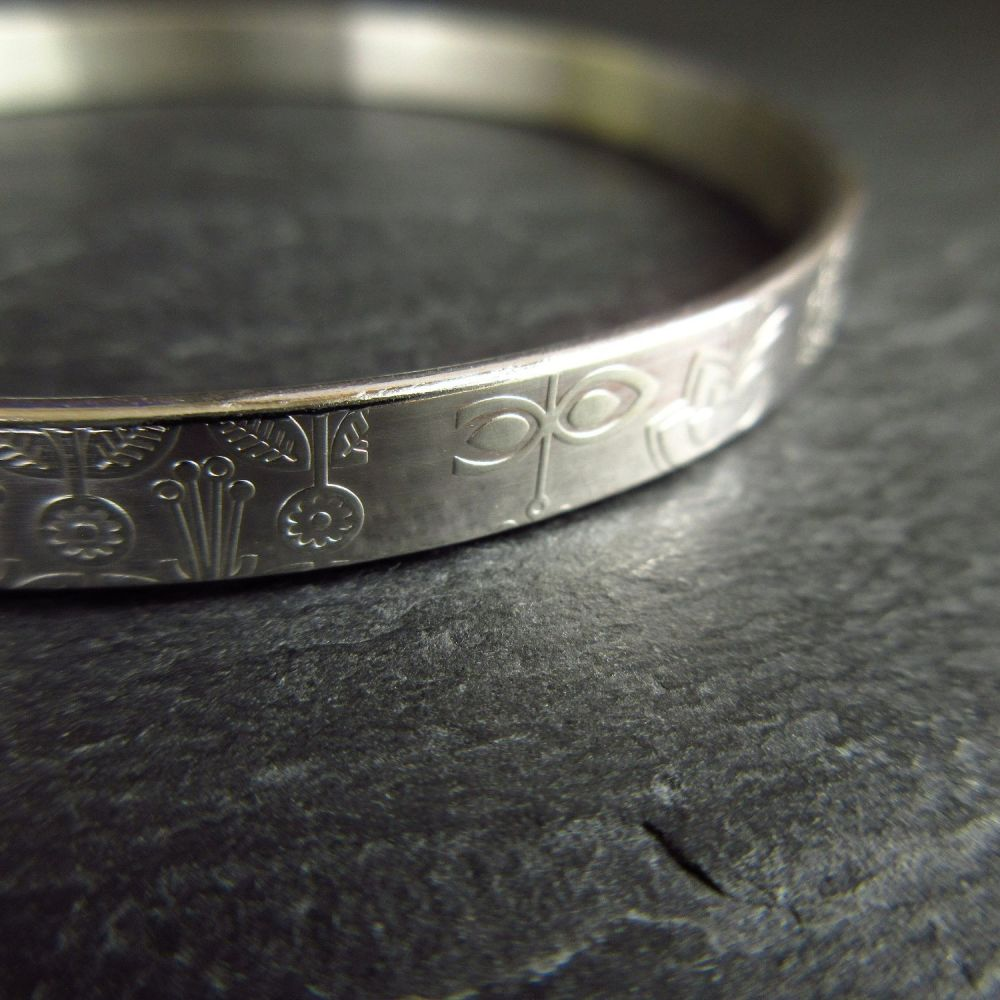 Sterling Silver Bangle with Flower Pattern