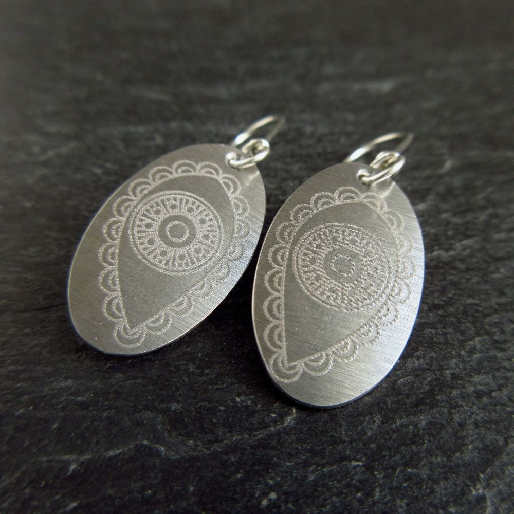 Stainless Steel Oval Earrings with Paisley Pattern