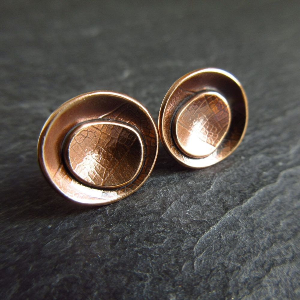 Bronze Pebble Shape Stud Earrings with Leaf Vein Texture