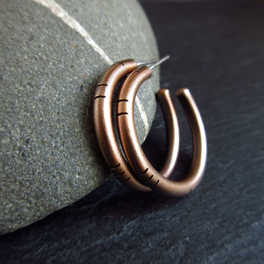 Genuine Bronze Hoop Earrings with Line Decoration