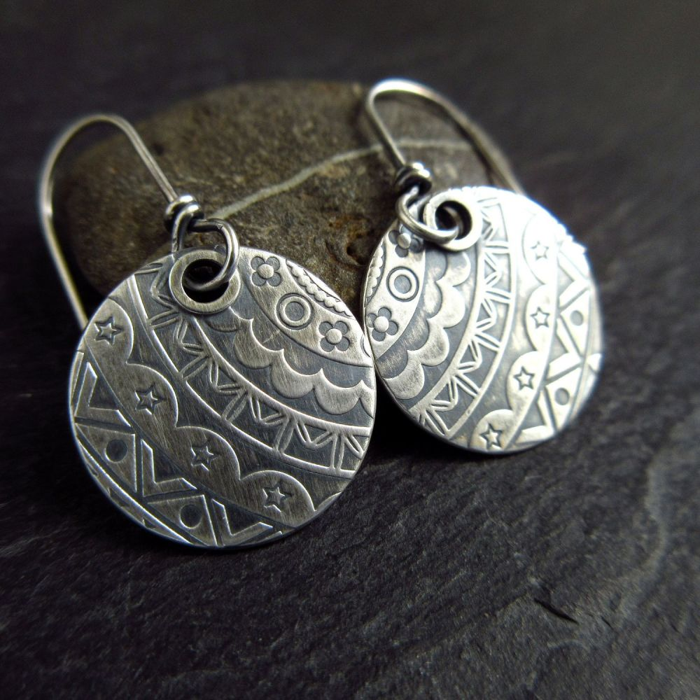 Shiny Sterling Silver Disc Earrings with Embossed Pattern