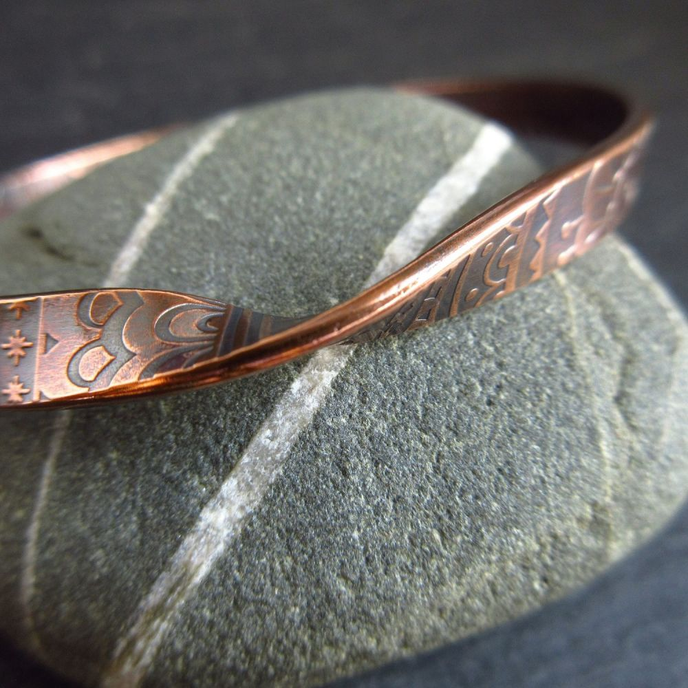 Patterned Copper Bangle with Twist Design Mobius Style