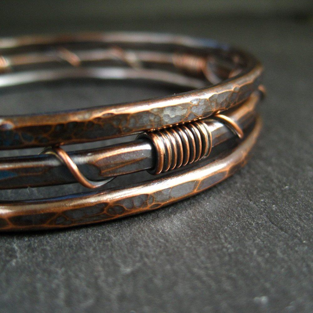 Hammered Copper Bangles • Wire Wrap Coil Design • Set of 3