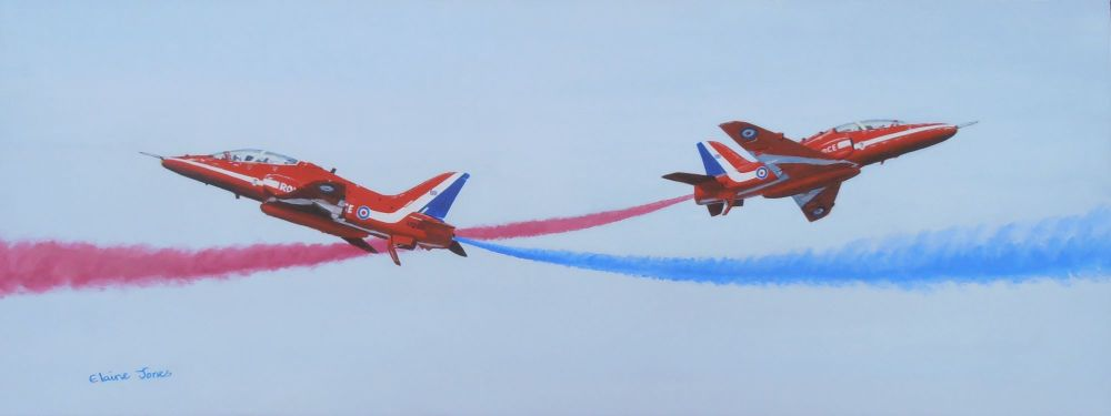 (A108C) Red Arrows at Crowd Centre