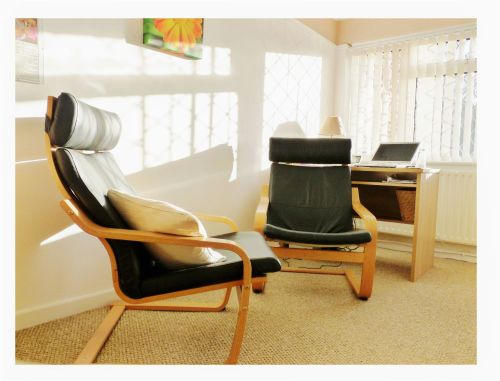 Hypnotherapy in Redditch Treatment Room