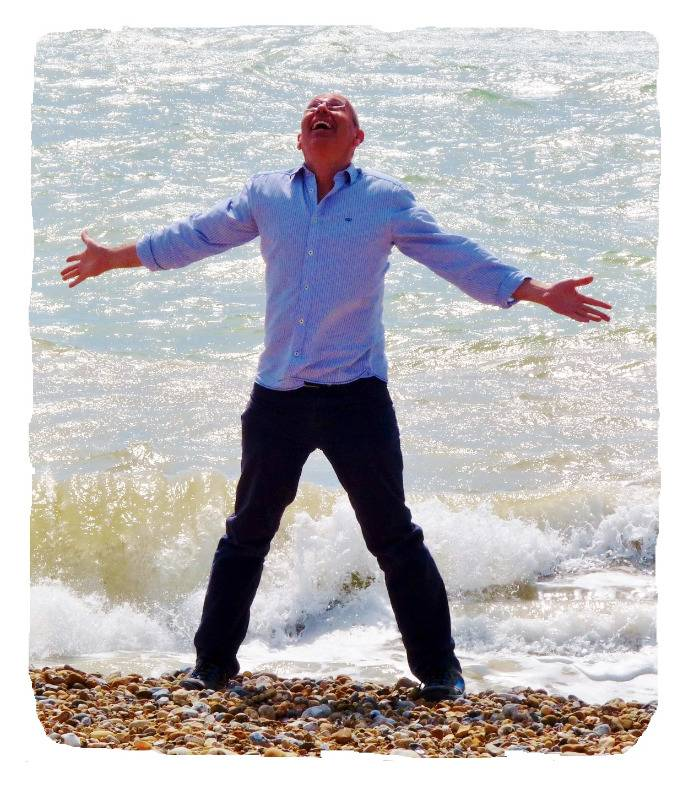 mark powlett hypnotherapist at seaside arms outstretched
