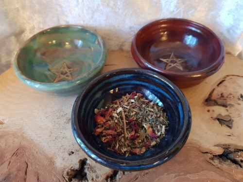 Altar Bowls With Offering Herb Mix