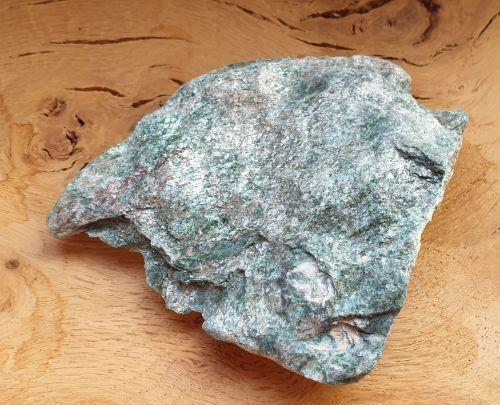 Fuchsite (2)