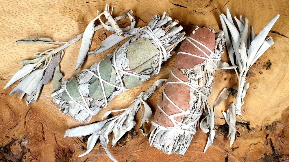 Ethically Sourced Californian White Sage & Eucalyptus Smudge Sticks