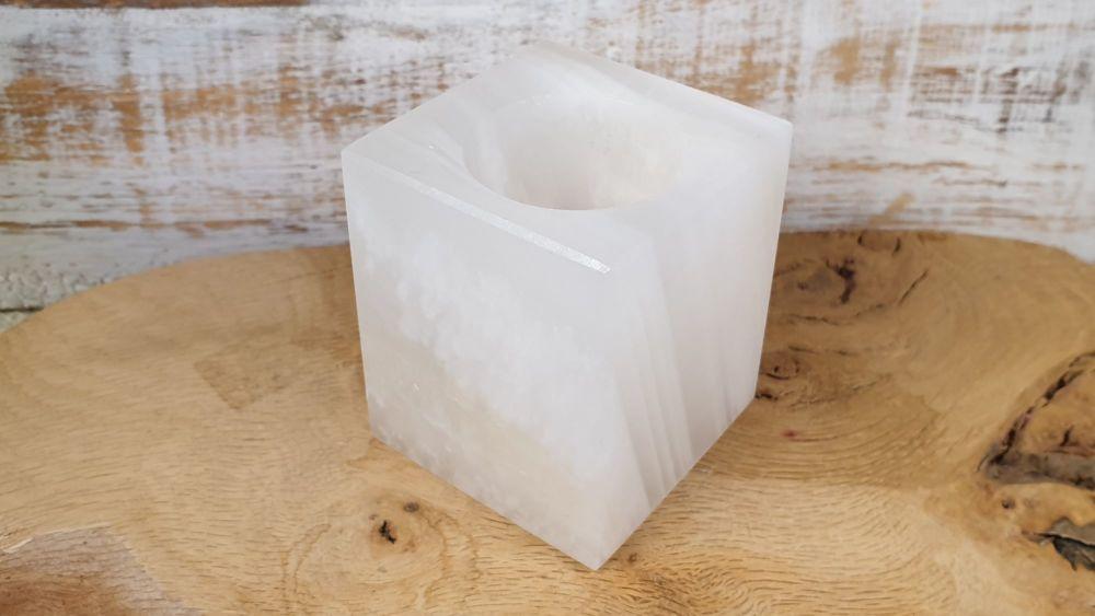 White Onyx Tealight Holder (1)