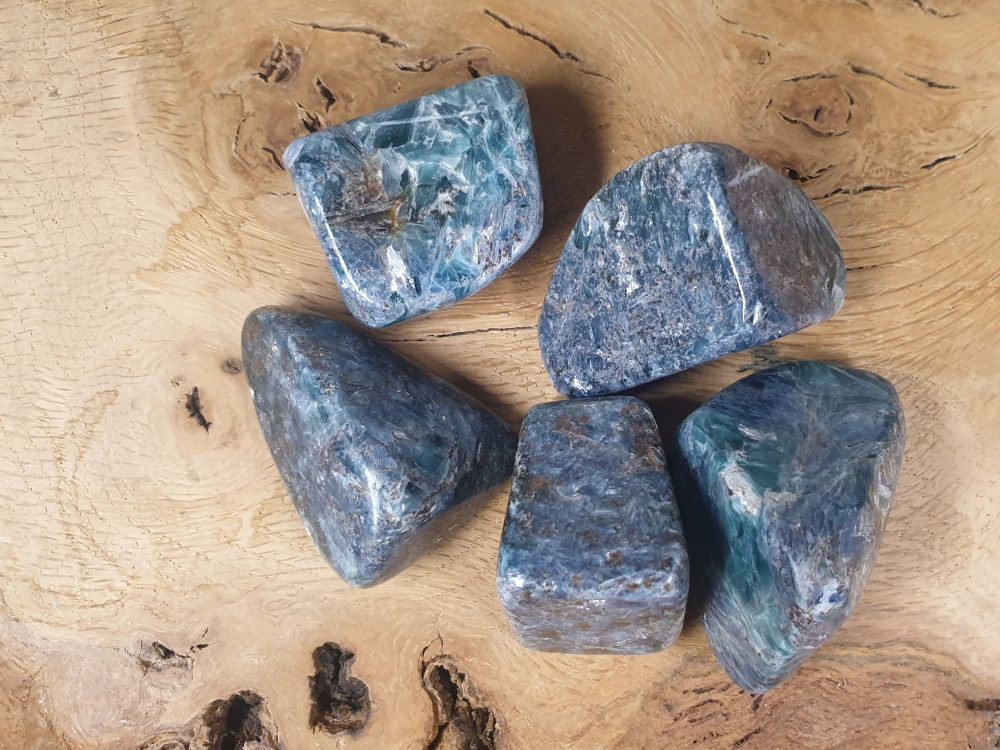 Green and Blue Kyanite Tumblestone - Large