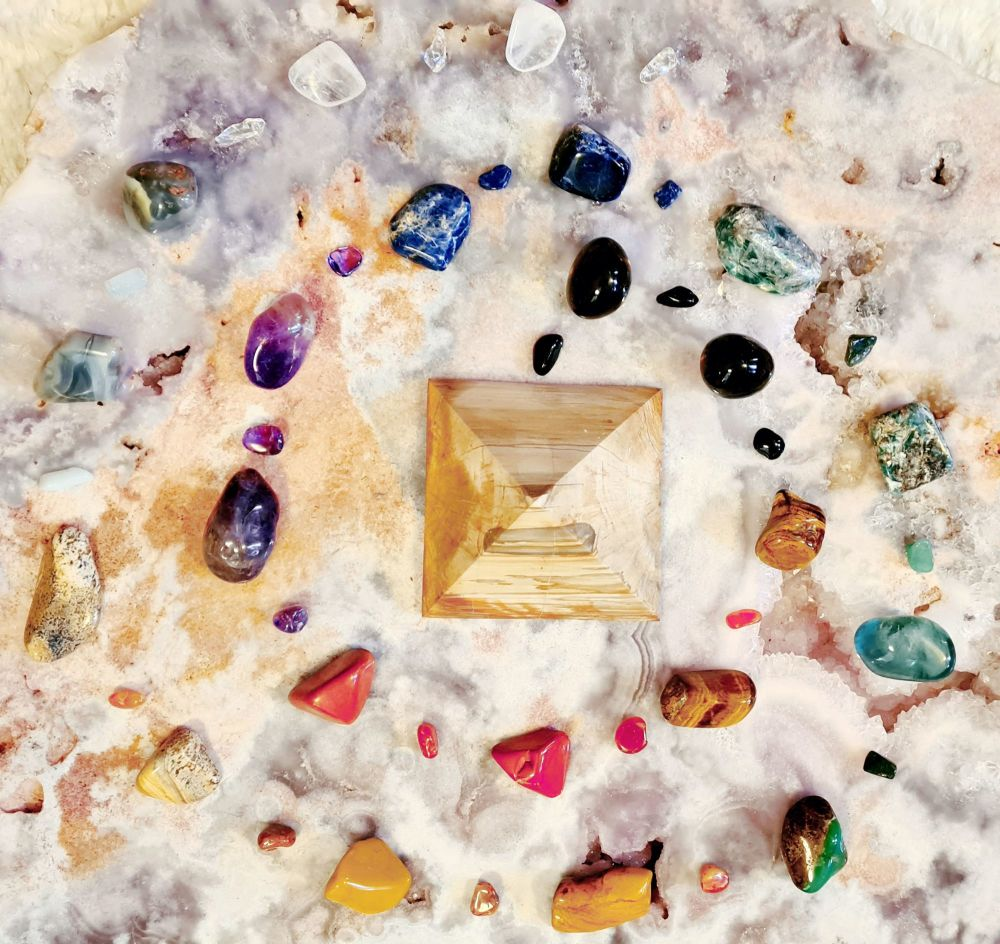 ADVANCED RITUAL, CRYSTAL ENERGY STREAMS, AND GRIDS LIVE AND INTERACTIVE COU