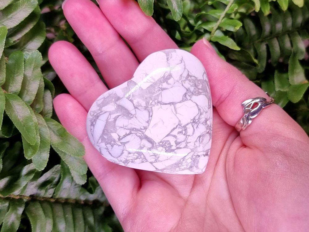 Howlite Heart (Small)