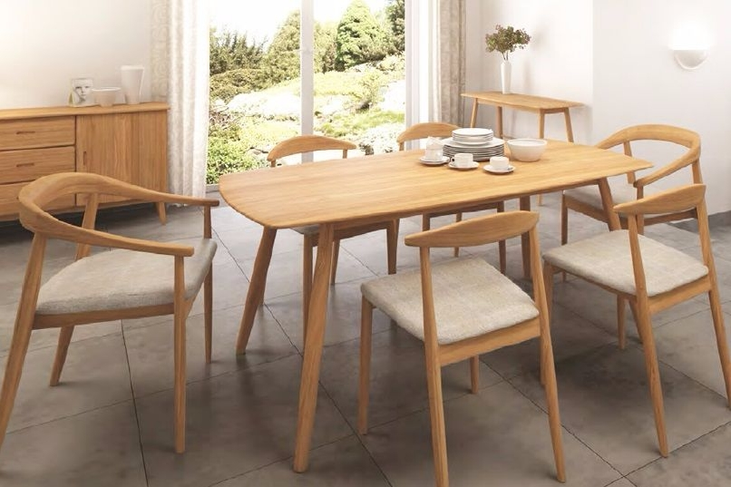 Flow Dining Solid Oak Range