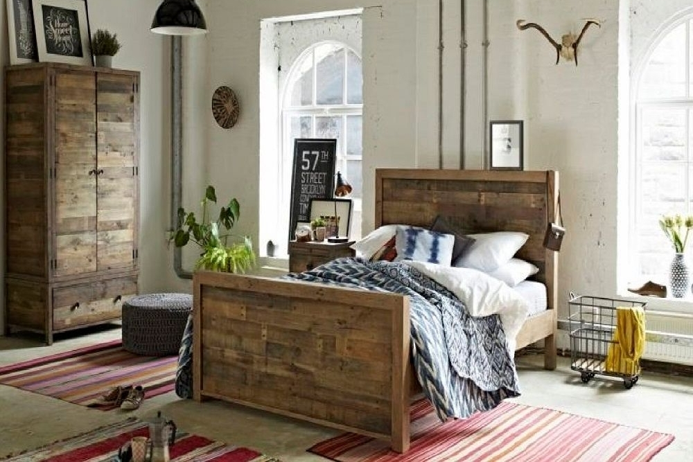 Retro Bedroom Solid Reclaimed Wood