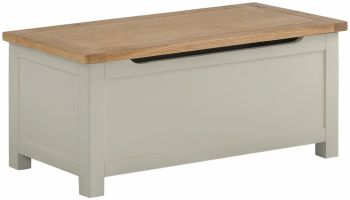 Stratton Stone Blanket Box