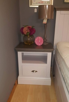 New Hampshire Large 1drw Bedside