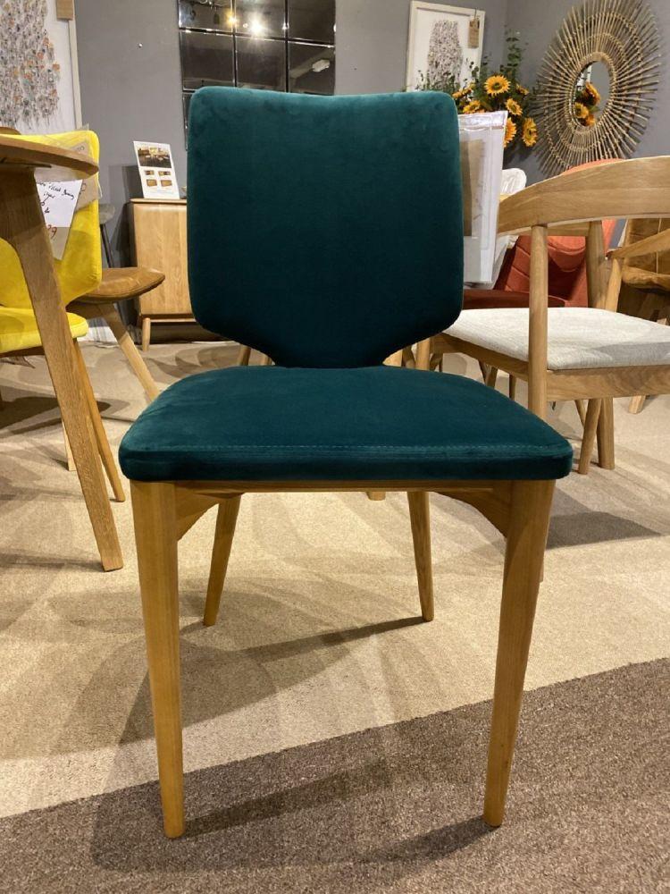 Alfred Dining Chair in Jade Velvet (Ex Display)