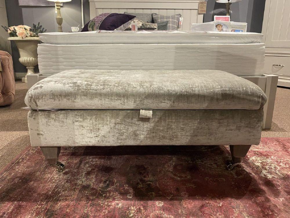 Laurence Legged Ottoman Grey Velvet