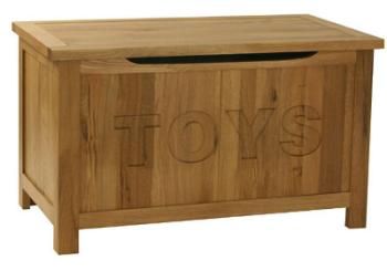 New England Oak Toy Box