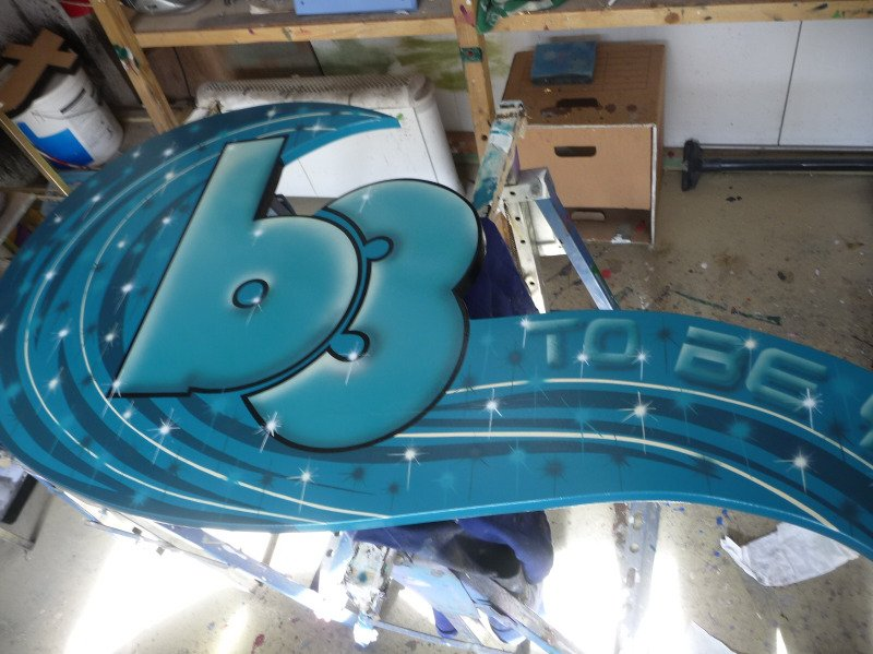 b3 - logo stand off hand painted & airbrushed