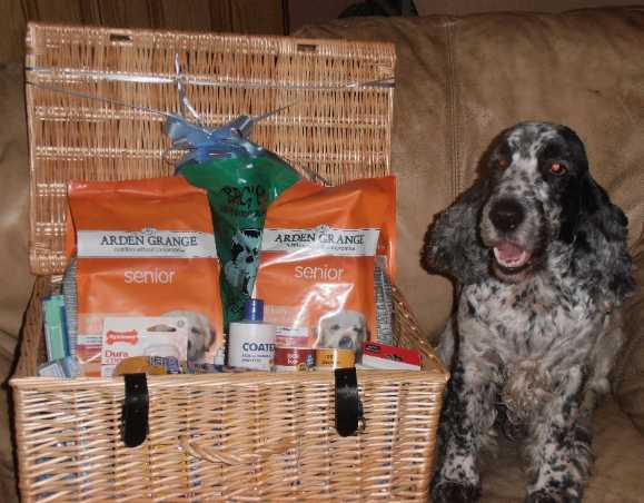 marv happy with his hamper