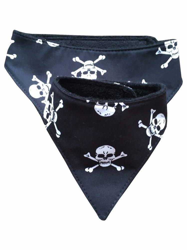 Black and White Skulls Dog Bandana