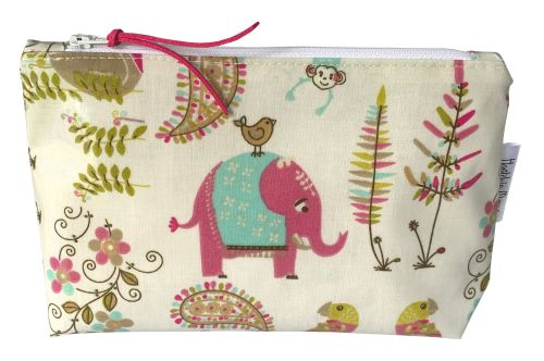 India Large Washbag