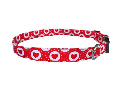 Red & White Hearts Dog Collar