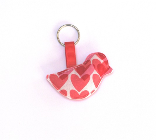 Bird Keyring in Hearts LR