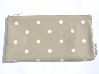 Polka Dot Make-up Bag in Taupe Brown