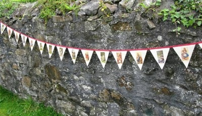 Vintage Alice in Wonderland Bunting