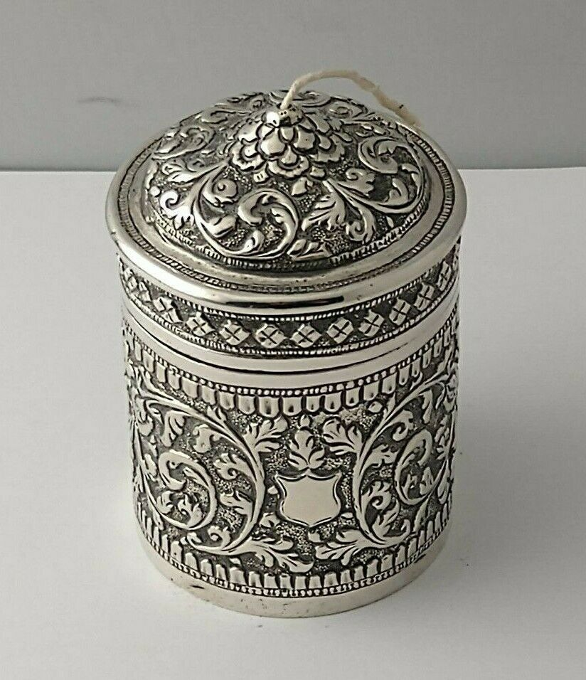 Indian Silver Repousse String Holder