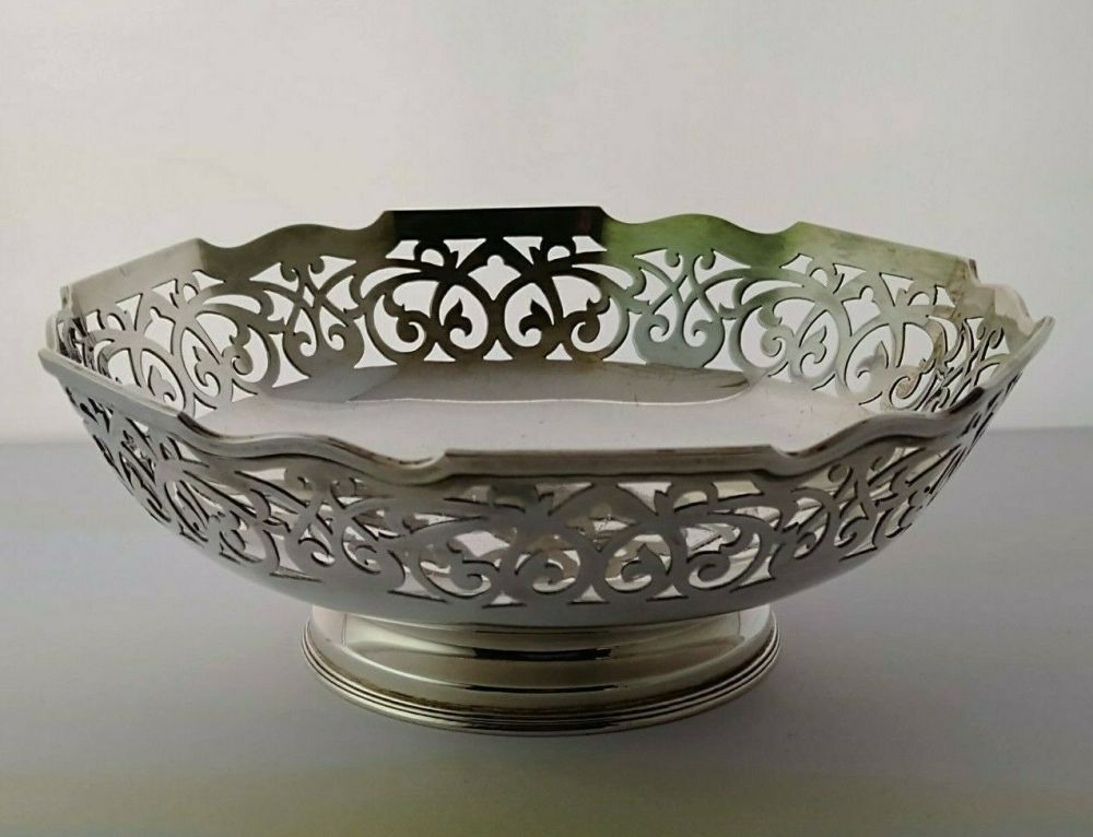 George V Silver Fruit Bowl - Sheffield 1924